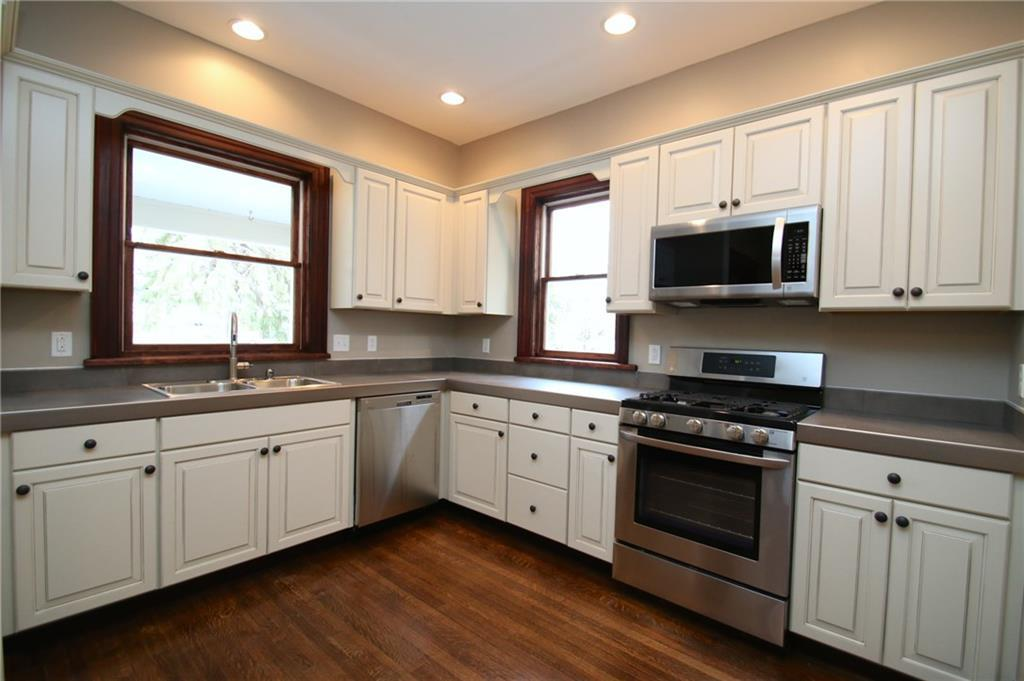 12 Sibley Pl #1, Rochester, NY 14607