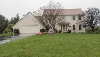 Photo of 1495 Chigwell Lane North, Webster, NY 14580