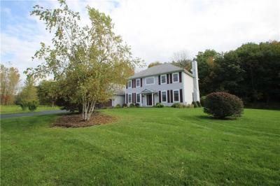 Photo of 860 Fawn Drive, Macedon, NY 14502