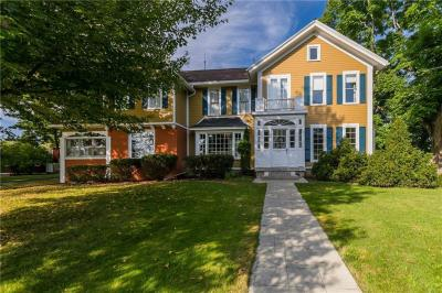 Photo of 77 West Bloomfield Road, Pittsford, NY 14534