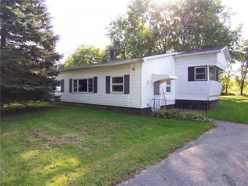5368 Horseshoe Lake Road, Stafford, NY 14020