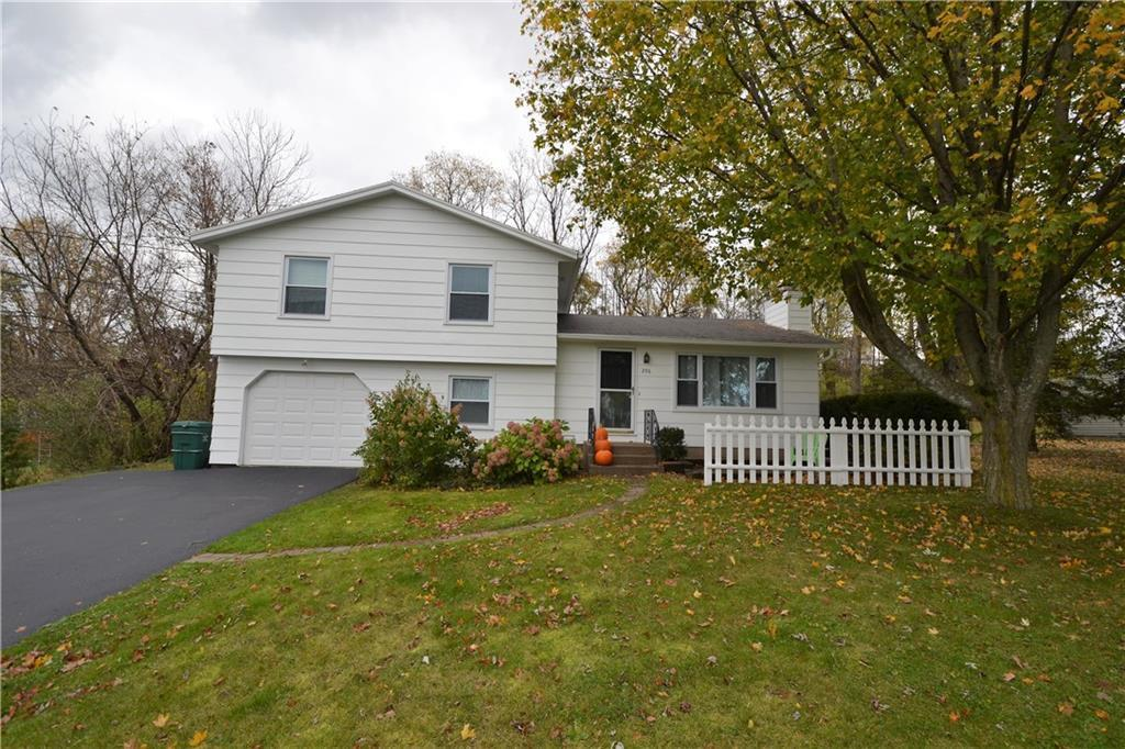 296 Farmview Drive, Walworth, NY 14502