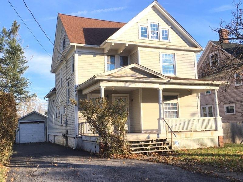 216 West Oak Orchard Street, Shelby, NY 14103