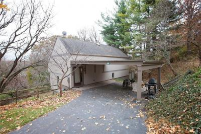 Photo of 115 Valley View Crescent, Irondequoit, NY 14617