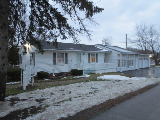 7465 State Route 31, Lyons, NY 14489