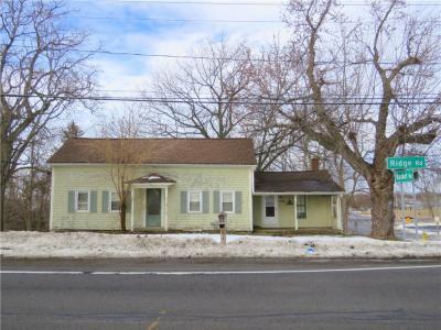 Photo of 1756 Ridge Road, Webster, NY 14580