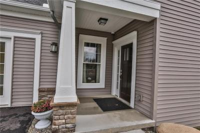 Photo of 1012 Pathway Lane #41, Webster, NY 14580