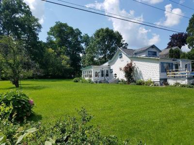 Photo of 2896 Lower Lake Road, Seneca Falls, NY 13148