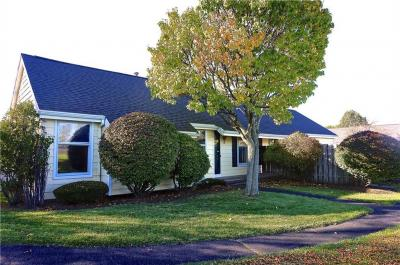 Photo of 1 Clearfield Drive, Webster, NY 14580