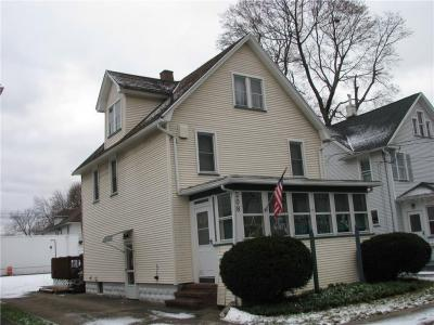Photo of 208 West Elm Street, East Rochester, NY 14445