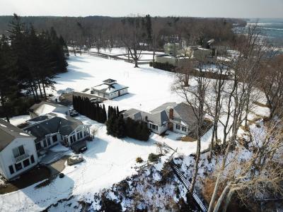 Photo of 1040 Lake Road, Webster, NY 14580