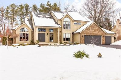Photo of 17 Country Wood Landing, Greece, NY 14626