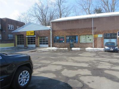 Photo of 973 Genesee Street, Rochester, NY 14611