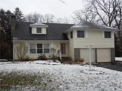 Photo of 108 Worthing Terrace, East Rochester, NY 14445