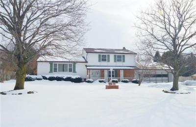 Photo of 18 Cliff View Drive, Penfield, NY 14625