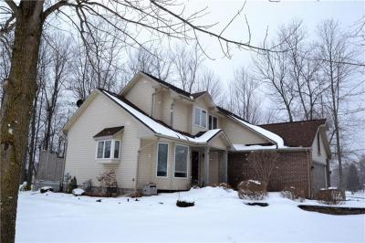 Photo of 2112 Stonehedge Drive, Ontario, NY 14519