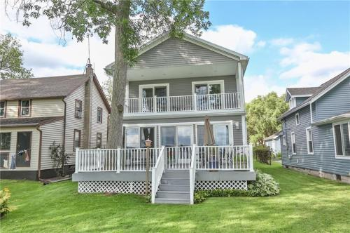 Wondrous Conesus Lake Waterfront Homes For Sale Interior Design Ideas Apansoteloinfo