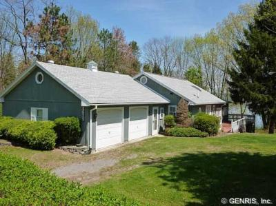 Photo of 1675 Long Point Bch, Torrey, NY 14527