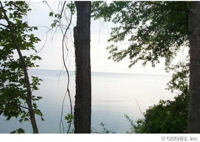Photo of 3711 Lake Road, Williamson, NY 14589