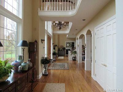 Photo of 6700 Song Hill Ln, Victor, NY 14564