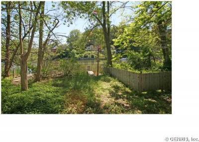 Photo of 673 Seneca Rd, Irondequoit, NY 14622