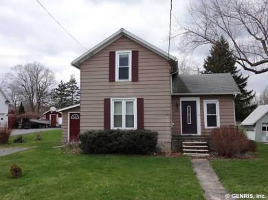 25 Maple Ave, East Bloomfield, NY 14469