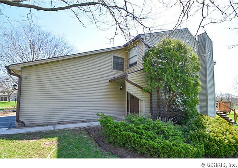 106 Devonshire Circle, Penfield, NY 14526