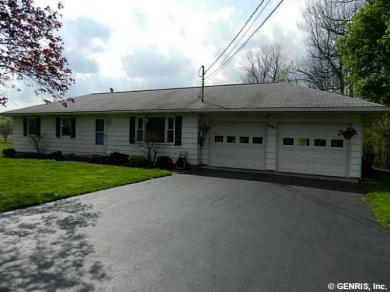 1407 Stebbins Rd, Arcadia, NY 14513