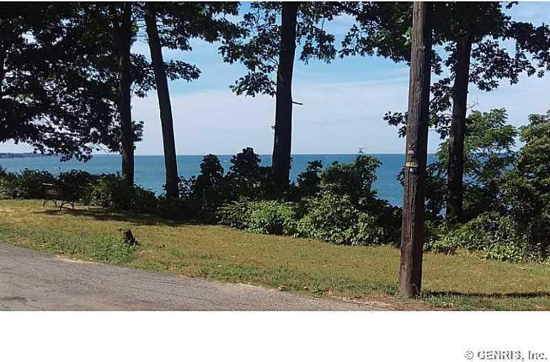 47 Lake Bluff Road, Irondequoit, NY 14622