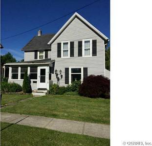 15 Benedict St, Perry, NY 14530