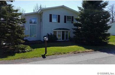 578 4th St, Sterling, NY 13064