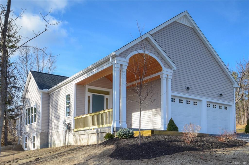 5540 Lakewood Trail, South Bristol, NY 14424
