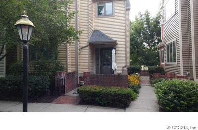 Photo of 82 Cornhill Pl, Rochester, NY 14608