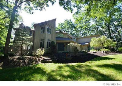 Photo of 48 High Country Trl, Mendon, NY 14534