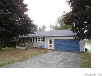 Photo of 17097 Ridge Road, Murray, NY 14470