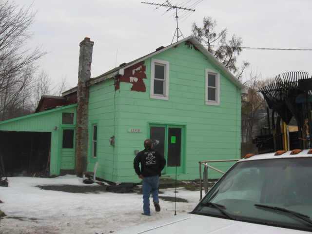 13958 Ridge Rd W, Gaines, NY 14411