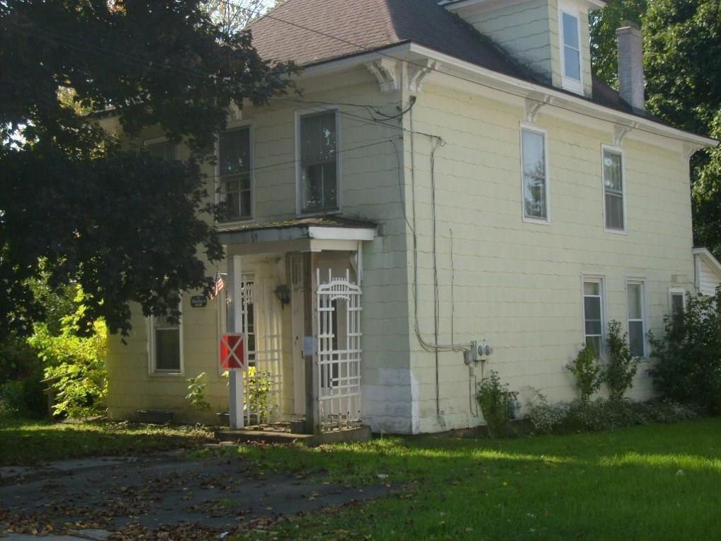 69 North Division Street Street, Auburn, NY 13021