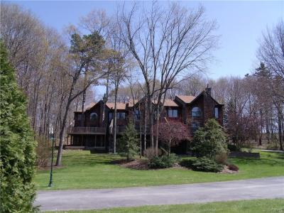 Photo of 3 East Shore Path, Cazenovia, NY 13035