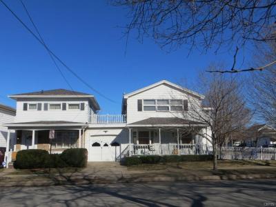Photo of 223 5th Street West, Oswego City, NY 13126