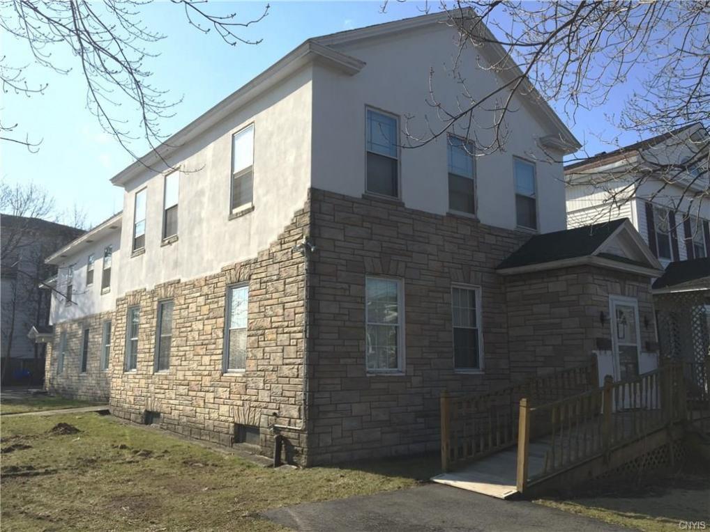 154 5th Street West, Oswego City, NY 13126