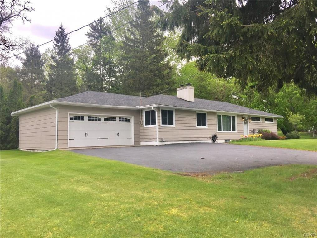 7476 State Street Road, Throop, NY 13021
