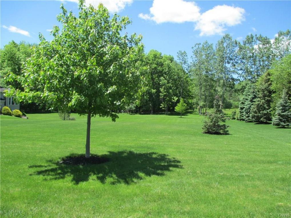 36 Green Links Turn, Auburn, NY 13021