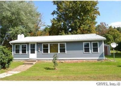 Photo of 32 Chalone Drive West, Volney, NY 13069