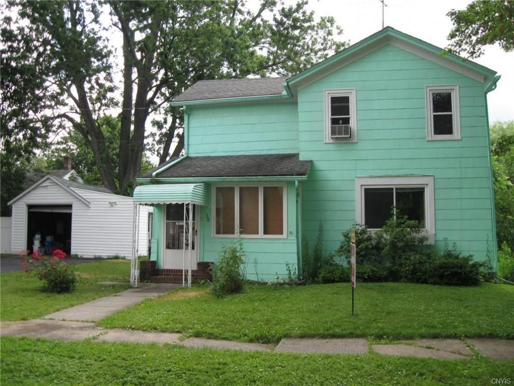 38 Maple Street, Auburn, NY 13021