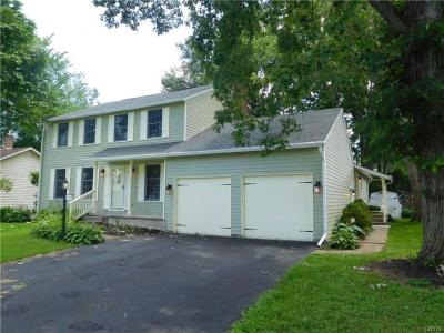 Photo of 413 Helfer Lane, Manlius, NY 13116