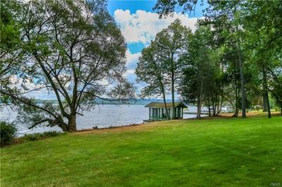 Photo of 1860 West Lake Road, Skaneateles, NY 13152