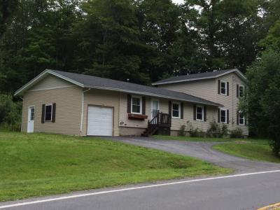 Photo of 240 County Route 24, Minetto, NY 13126