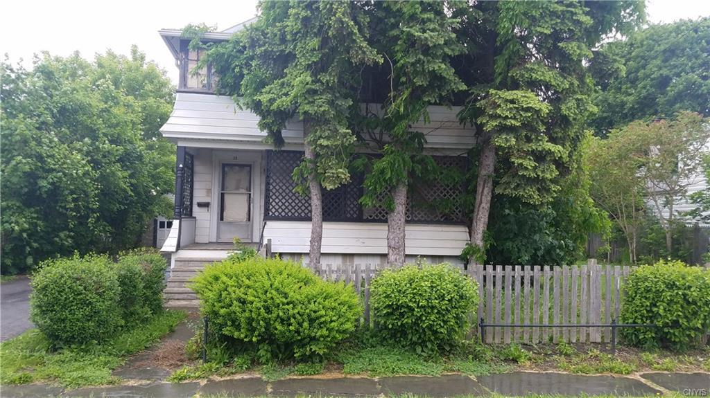33 Perrine Street, Auburn, NY 13021