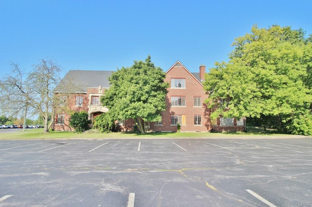 13 Chapel Street, Auburn, NY 13021