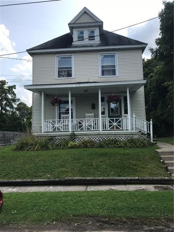 12 Catlin Street, Auburn, NY 13021